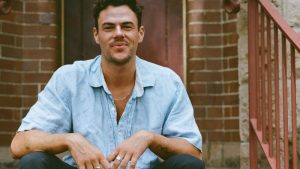 OLY SHERMAN releases highly anticipated album LAND OF ALL PRETEND Sydney songwriter touring through into August!